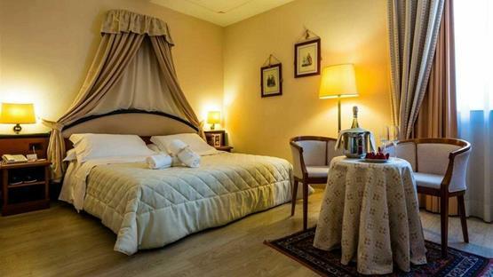 Sale Meeting di GUESIA VILLAGE HOTEL & SPA - Foligno