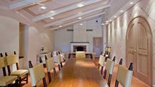 sale meeting di relais borgo san felice castelnuovo. Black Bedroom Furniture Sets. Home Design Ideas