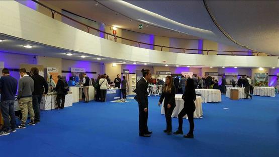Sale Riunioni Firenze : Sala riunioni firenze centro: meeting center sale meeting firenze