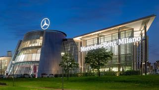 MERCEDES-BENZ CENTER