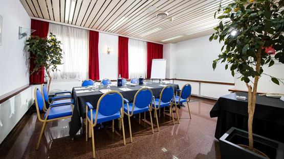 Sala Fumatori Aeroporto Palermo : Sale meeting di hotel astoria palace palermo