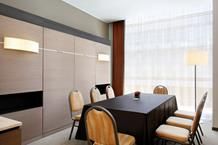 BUSINESS ROOM 1