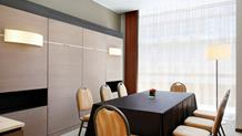 BUSINESS ROOM 8
