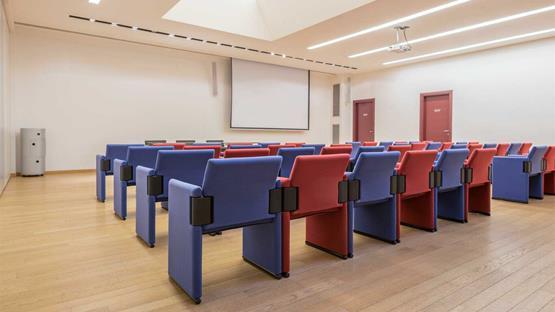 Sale meeting di hotel continental zola predosa for Hotel vicino unipol arena bologna
