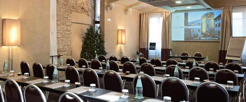 Al Brunelleschi di Firenze il Forbes Four Star Award