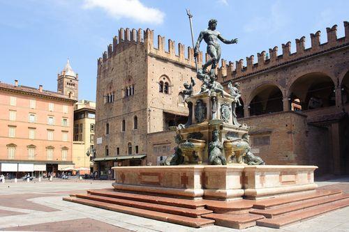 Bologna accoglie la tassa di soggiorno for Tassa di soggiorno a torino