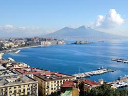 Meeting hotels in Naples